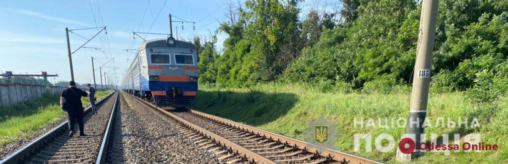 Под Одессой электричка насмерть сбила женщину (обновлено)