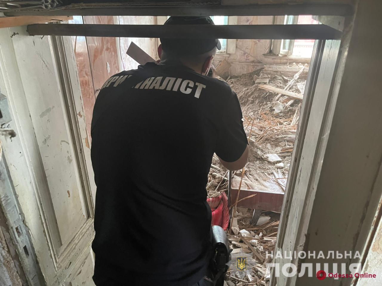 Полиция расследует обстоятельства обрушения дома на Степовой