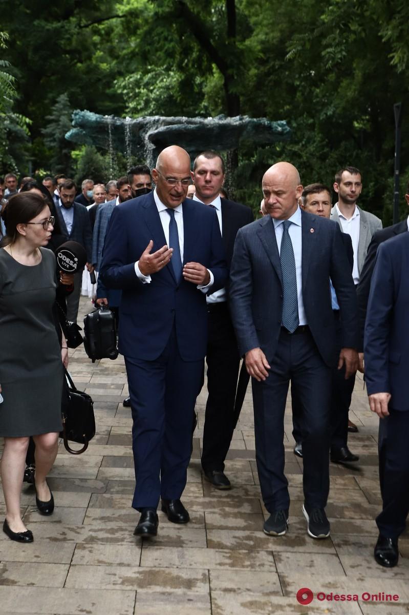 Одессу посетил министр иностранных дел Греции Никос Дендиас