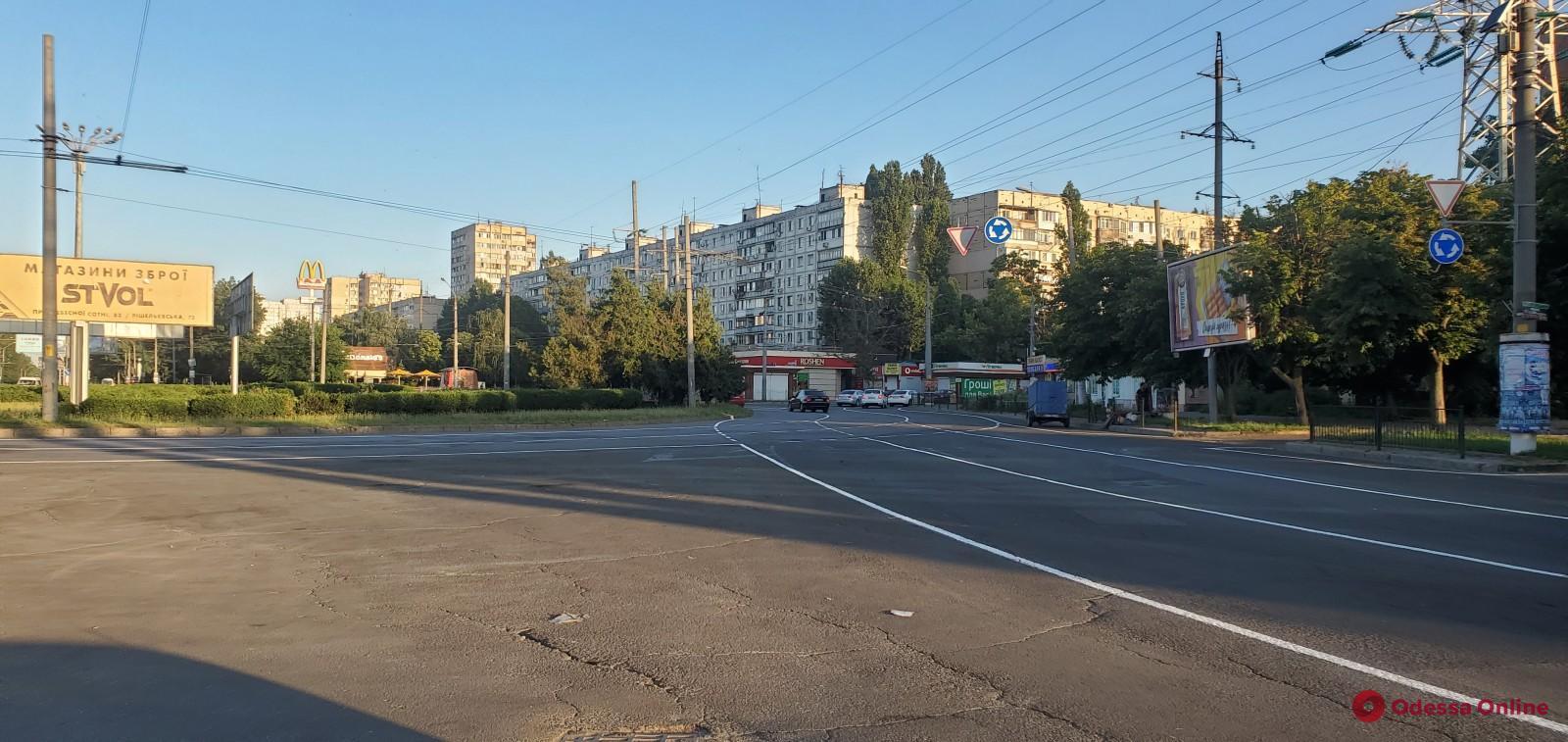 В Одессе на площади Независимости появилось «турбокольцо»