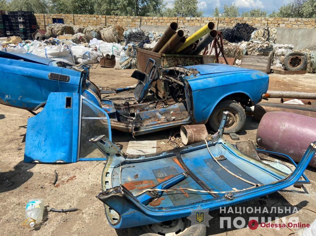 Житель Беляевки сдал на металлолом «Москвич» товарища