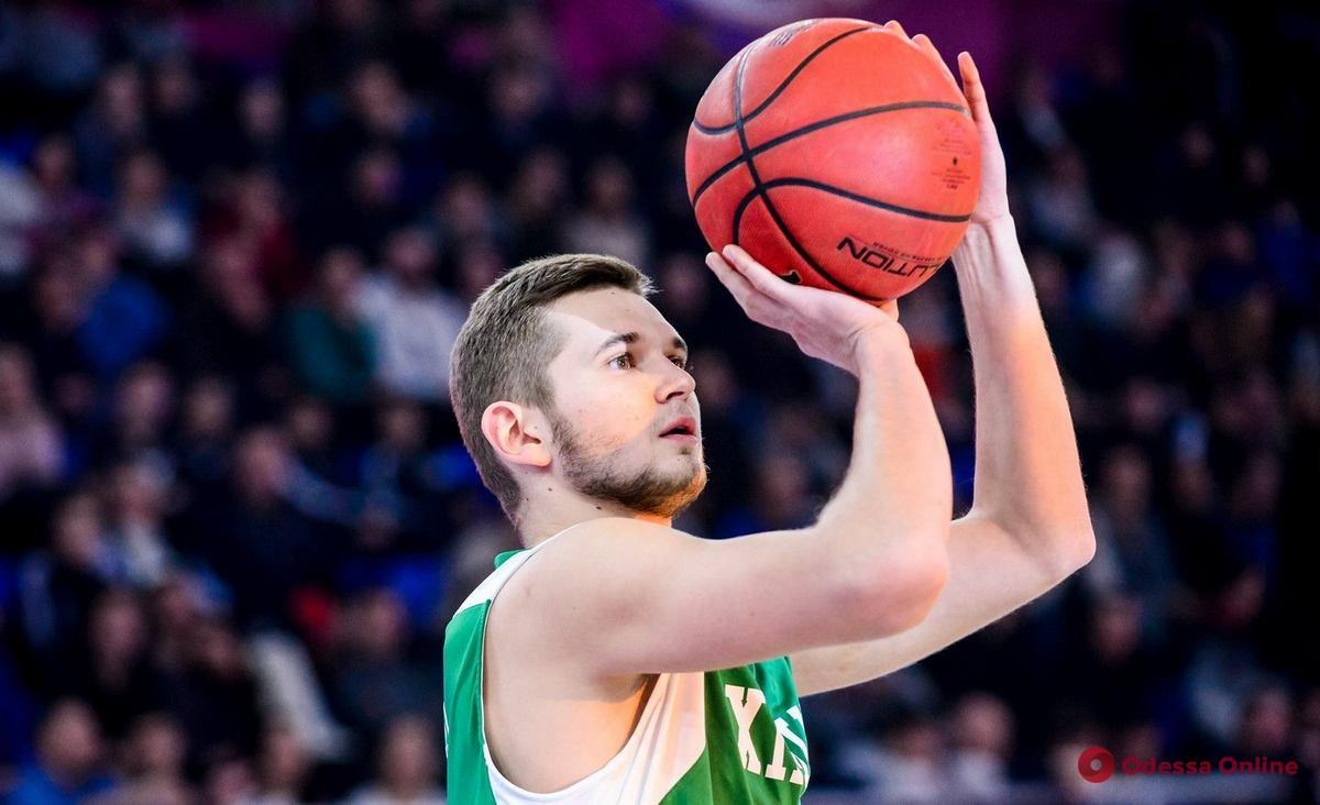 Баскетбольная команда «Одесса» усилилась одним из лидеров «Химика»