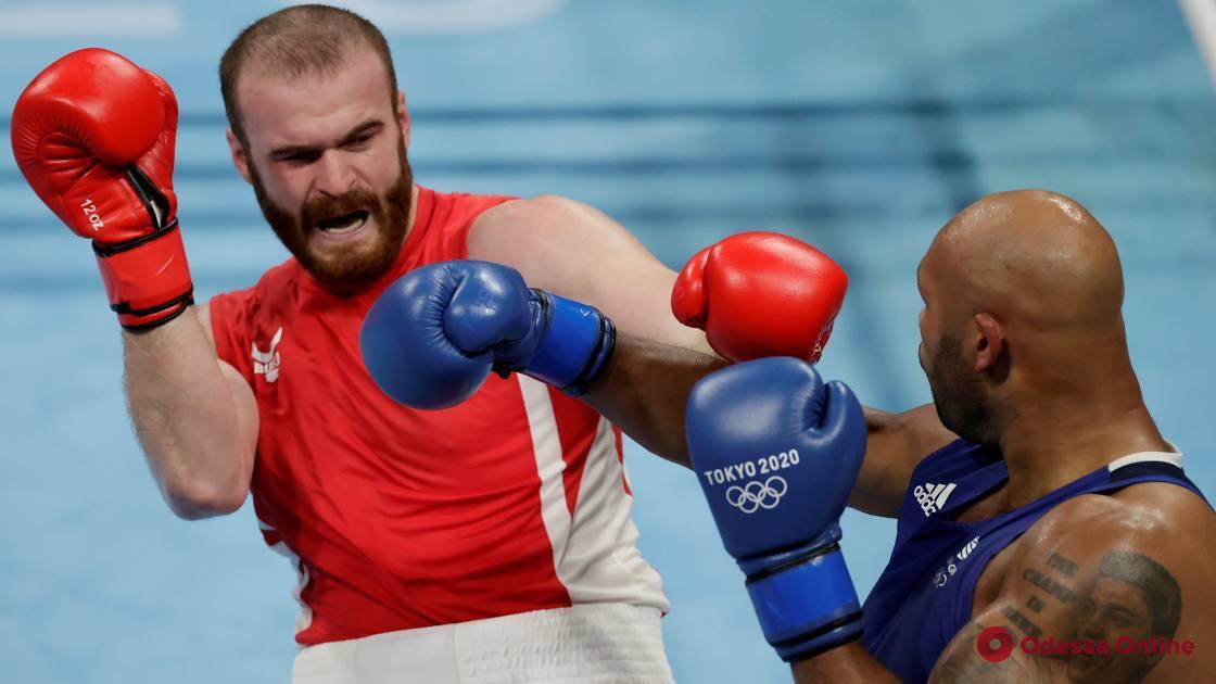 Токио-2020: одесский боксер не сумел пробиться в четвертьфинал олимпийского турнира