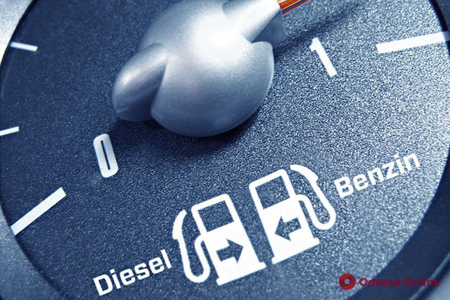 Мининфраструктуры предлагает запретить ввоз и регистрацию дизельных и бензиновых авто