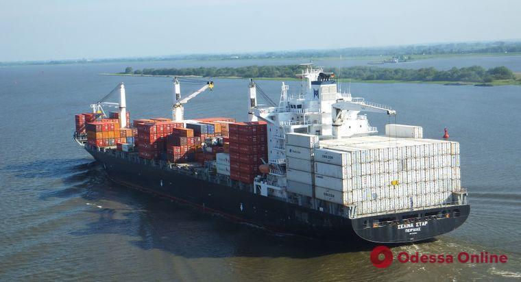 В Турции задержали судно с украинскими моряками – четверых из них подозревают в контрабанде наркотиков