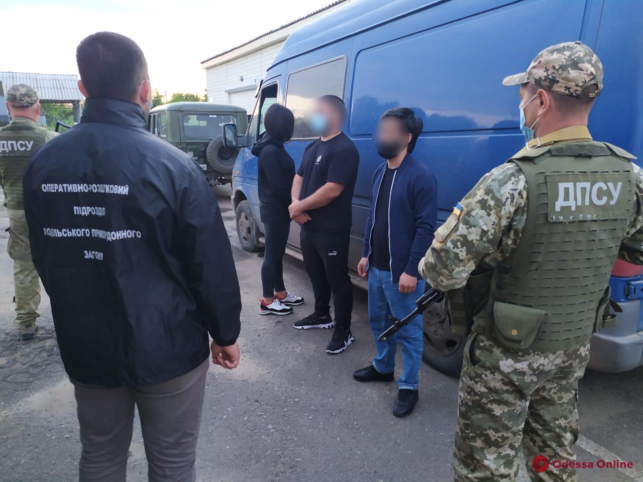 В Одесской области пограничники задержали грузина-преступника и молдаван-нелегалов
