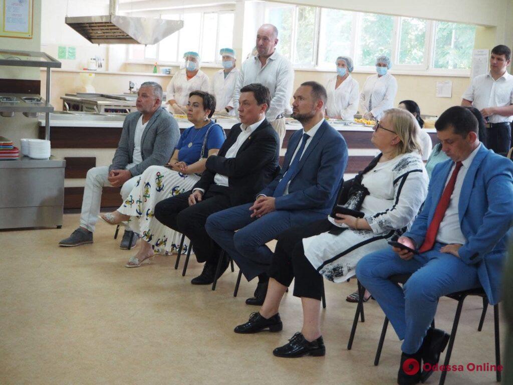 Министр образования открыл в Одессе центр по подготовке машинистов холодильных установок