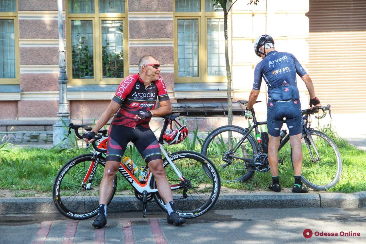 В Одессе проходит велогонка «Мемориал Уточкина» (фото)