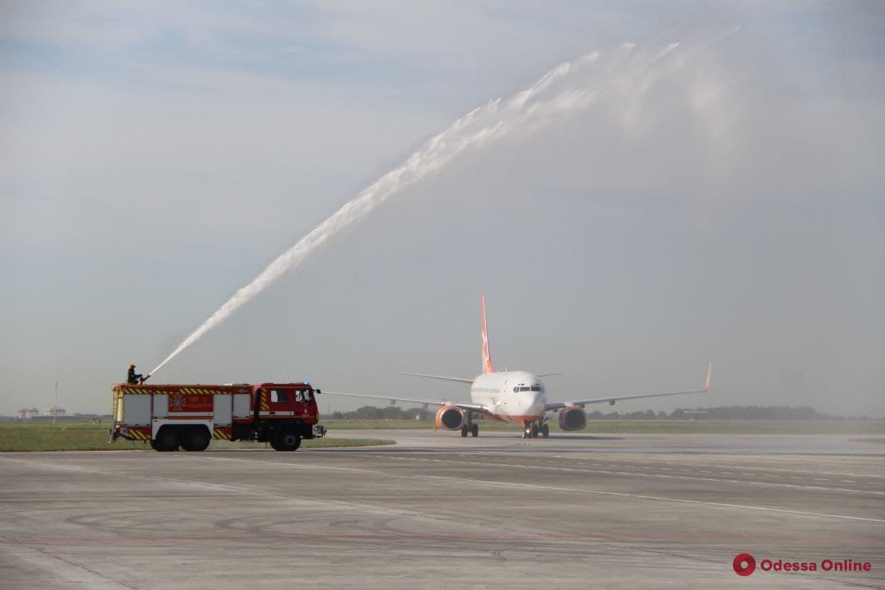 «Быстрое получение багажа должно стать визитной карточкой нашего аэропорта», – мэр Одессы Труханов