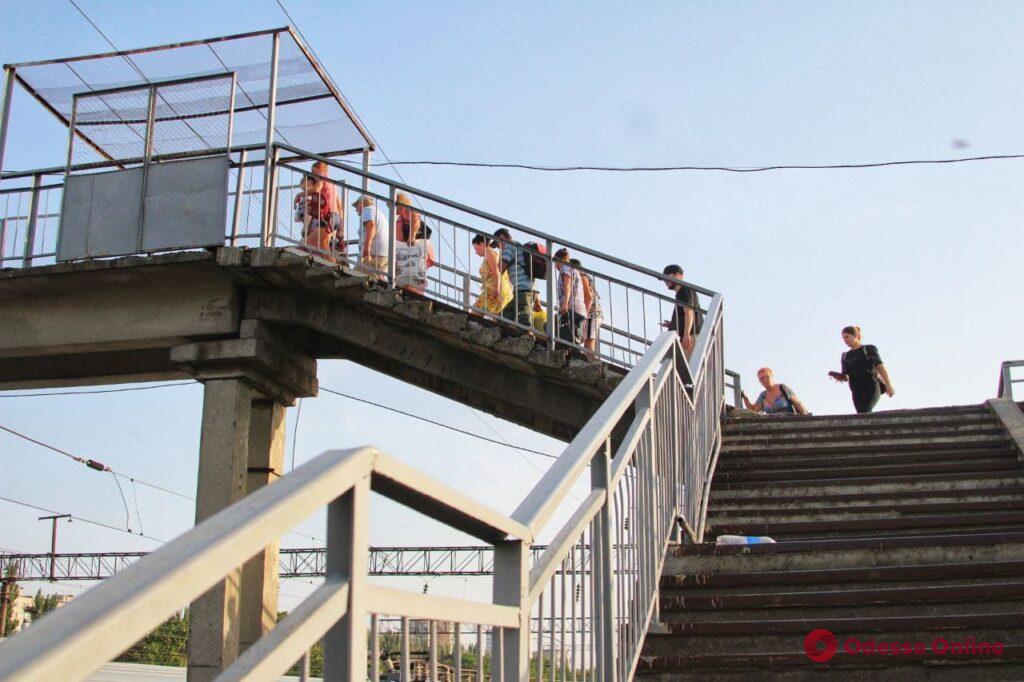 Колорит городских окраин – железнодорожная станция Одесса-Восточная (фоторепортаж)