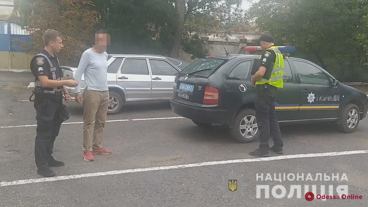 В Одесской области рецидивист перерезал односельчанину горло и пытался отвести от себя подозрение