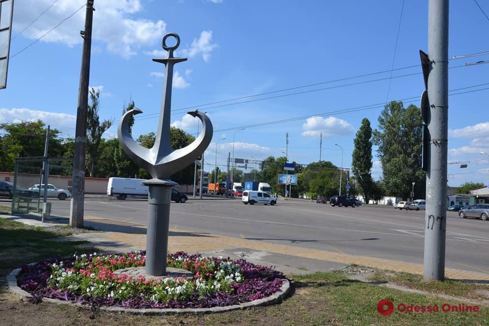На въезде в Одессу установили «якорь-сердце»