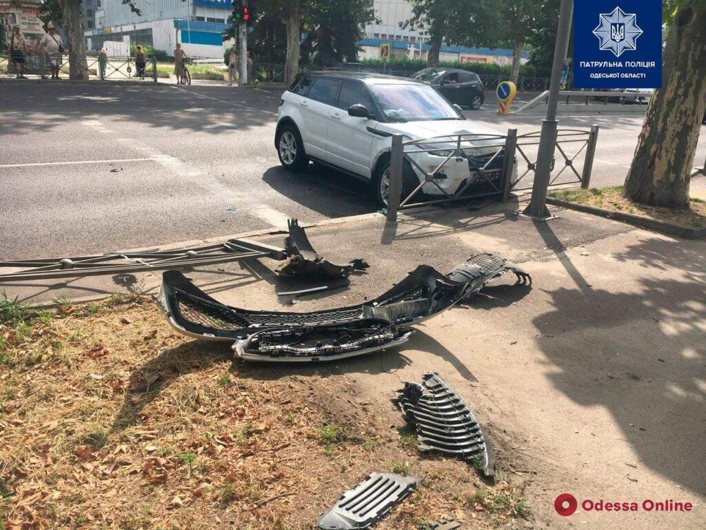 На проспекте Шевченко в ДТП пострадали женщина-водитель и ребенок