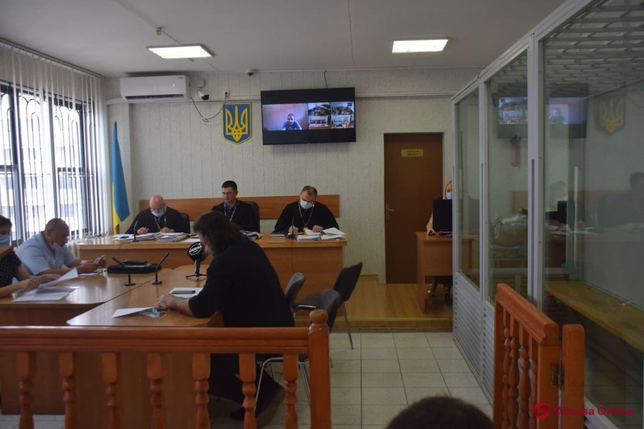 Бунт в одесской колонии: двое из семи обвиняемых добиваются выхода из СИЗО под домашний арест