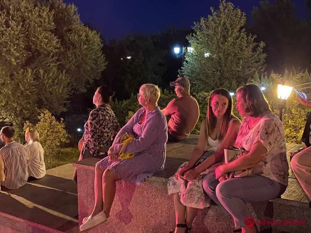 «Спадщина.UA»: на Потемкинской лестнице проходит концерт артистов Одесской оперы (фото, видео)