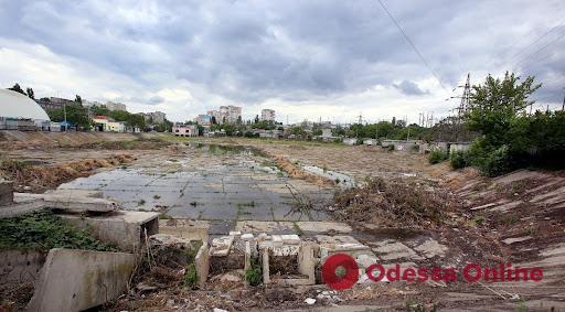 В Одессе планируют углубить буферный пруд на Балковской, чтобы избежать подтоплений Пересыпи