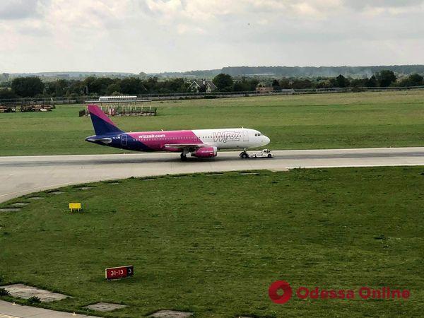 Во Львове совершил аварийную посадку самолет из Кипра