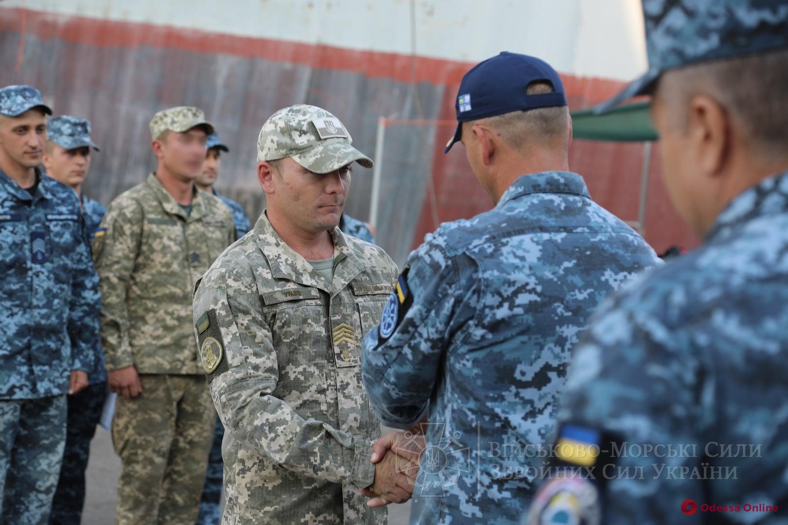 В Одессе состоялся выпуск инструкторов-водолазов ВМС (фото)