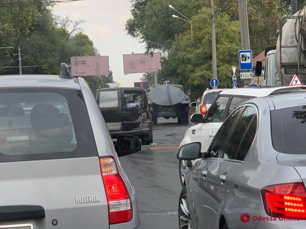 На Люстдорфской дороге из-за ДТП образовалась гигантская пробка