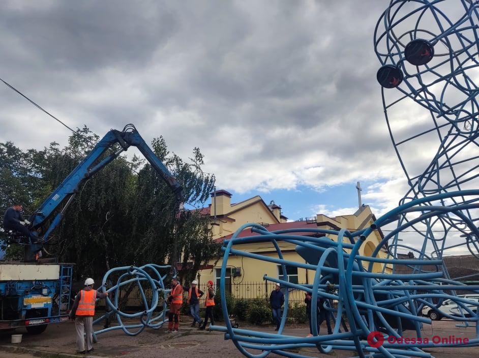 Архангел Михаил больше не живет на крыше «Стальканата»