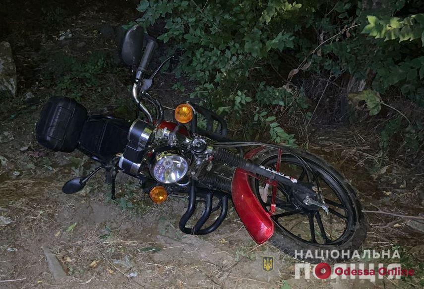 В Одесской области пьяный мотоциклист устроил ДТП — погиб 65-летний пассажир