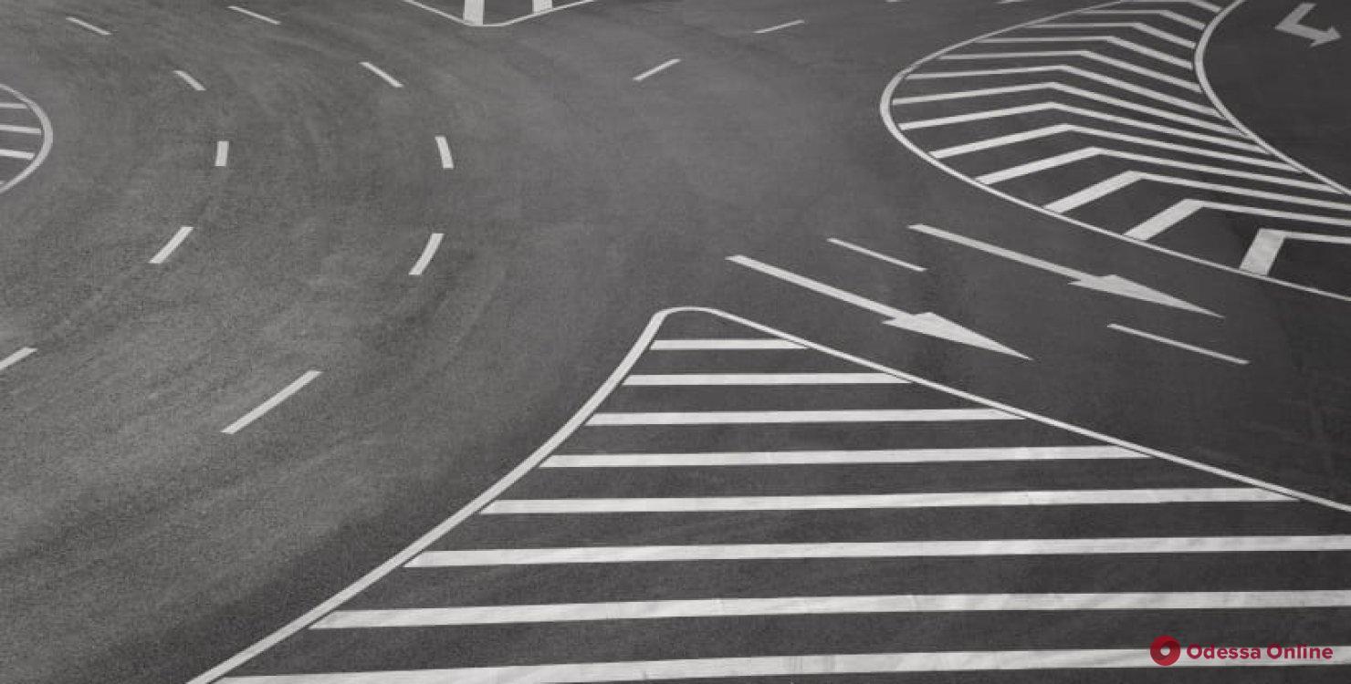 Водителям на заметку: Кабмин внес изменения в Правила дорожного движения