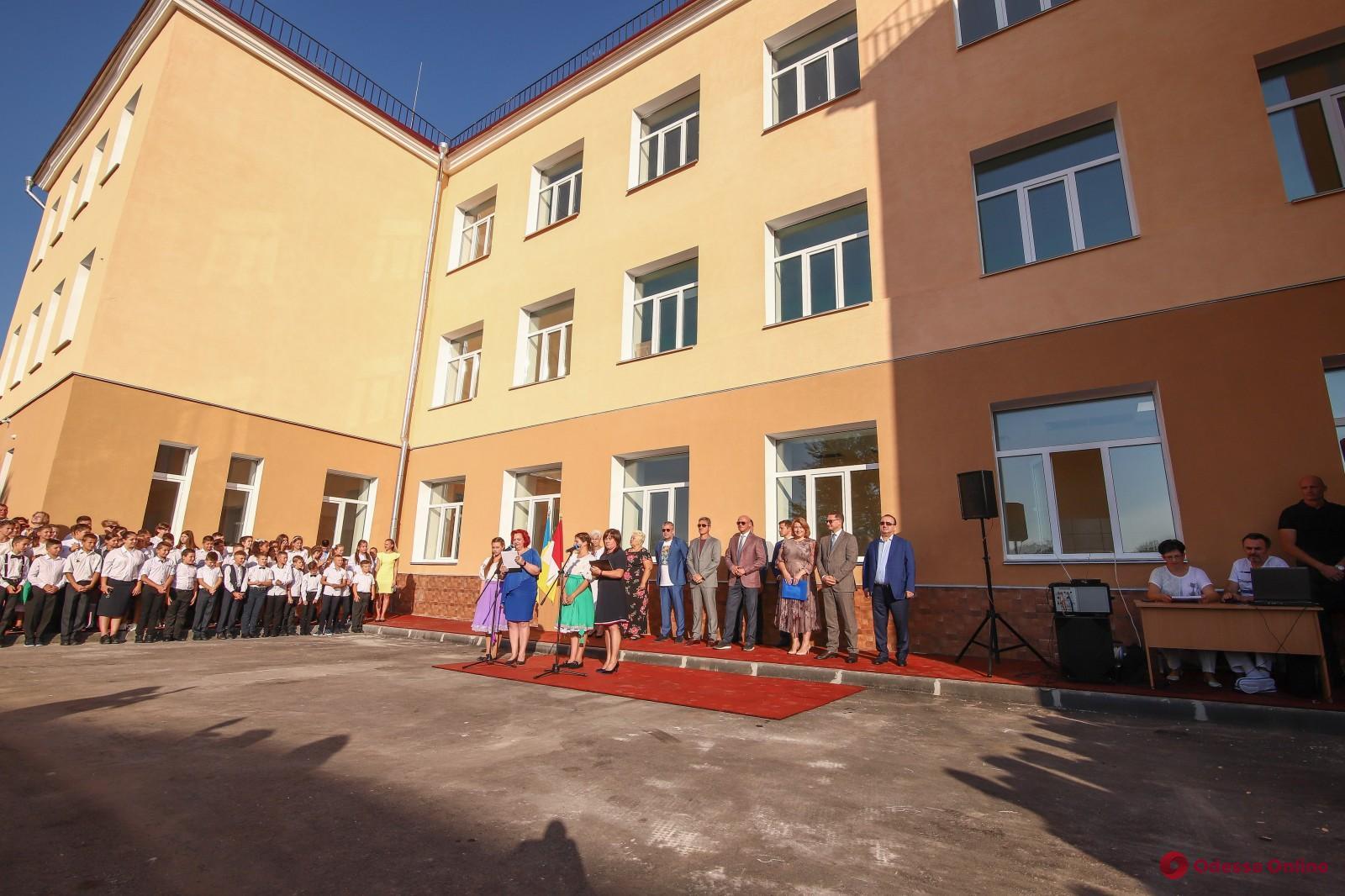 Маленькие жители поселка Большевик начали учебный год в модернизированной школе
