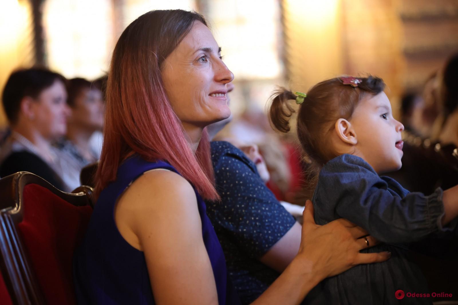 Помогли тысячам детей: «Дом с ангелом» отметил 25-летие