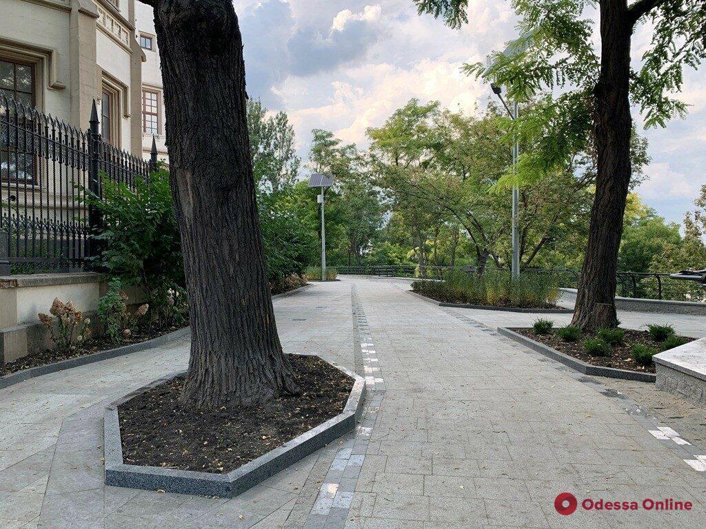 Благоустройство бульвара Жванецкого: вторую очередь работ планируют завершить до конца года (фото)
