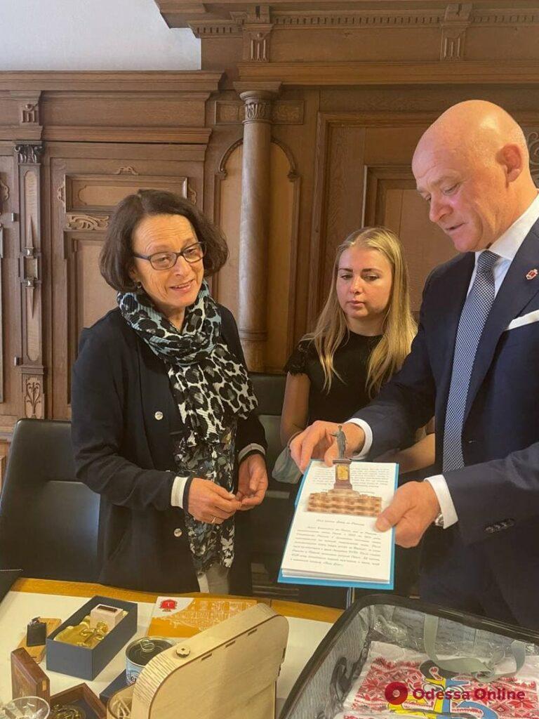 Мэр Одессы обсудил с мэром города-побратима Регенсбурга перспективы дальнейшего сотрудничества