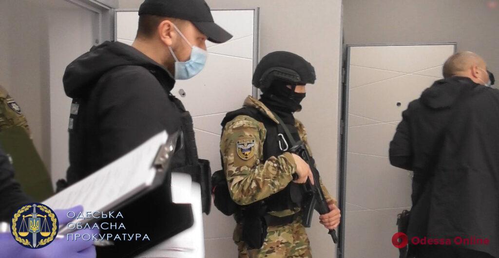 Пытали и требовали деньги: в Одессе завершено расследование по делу банды, похитившей двух граждан Греции