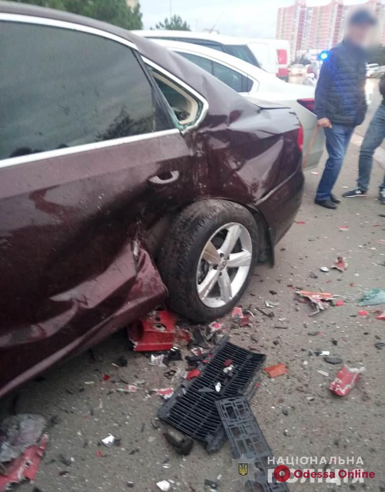 Взял без спроса авто матери и разбил шесть машин: стали известны подробности ДТП в Черноморске