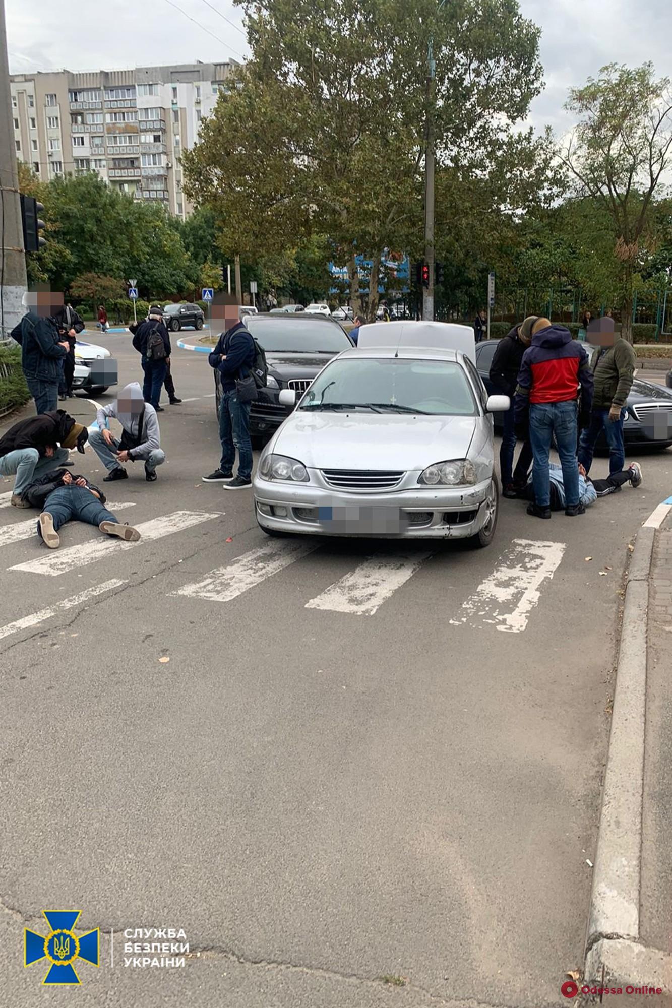 Под Одессой СБУ задержала четырех кавказцев-вымогателей