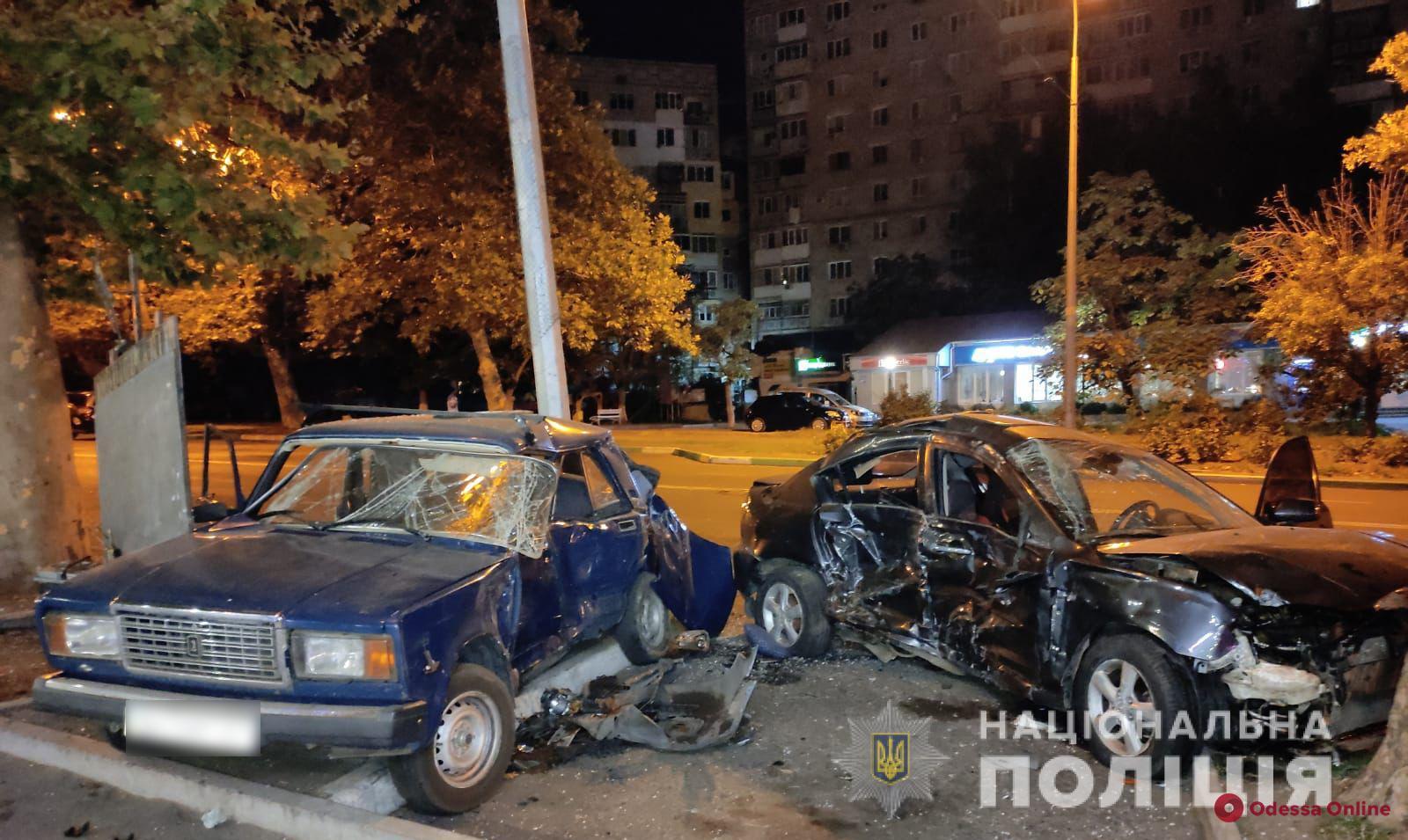 Переломы ребер: в Черноморске в ДТП пострадала 16-летняя девушка