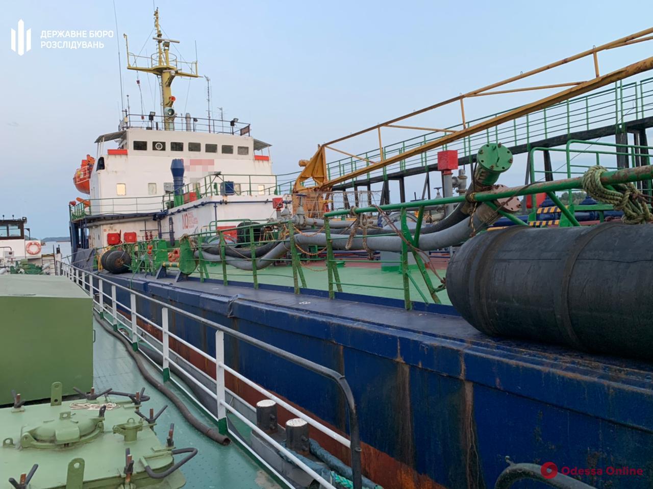 Масштабная контрабандная схема: через порты Одесской области завозили российское топливо