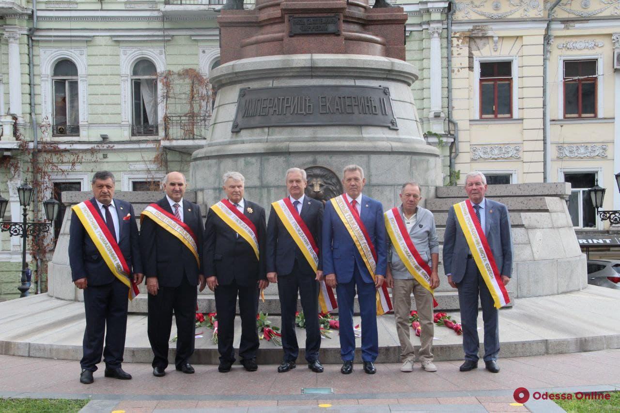 В Одессе в День города почтили память выдающихся градоначальников (фото)