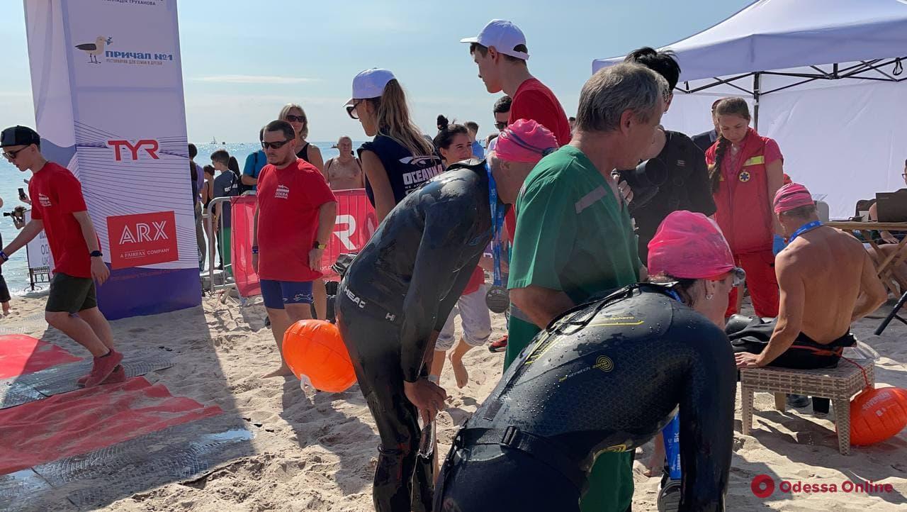 На Ланжероне проходят соревнования по плаванию на открытой воде Oceanman