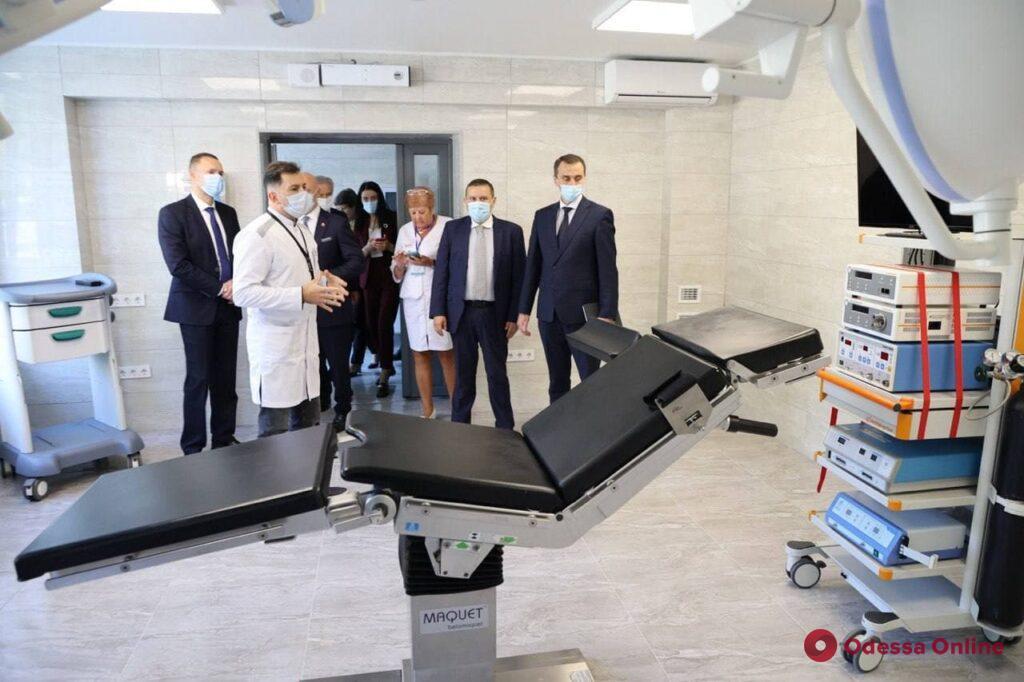 «Большая стройка» в Одессе: министрам показали новый Дворец детского творчества и обновленную приемную ГКБ№10