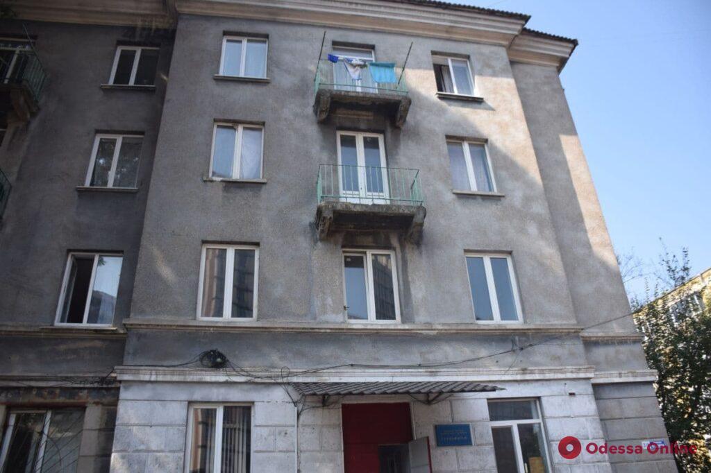 В общежитии одесского колледжа рабочие распылили газ во время конфликта со студентами
