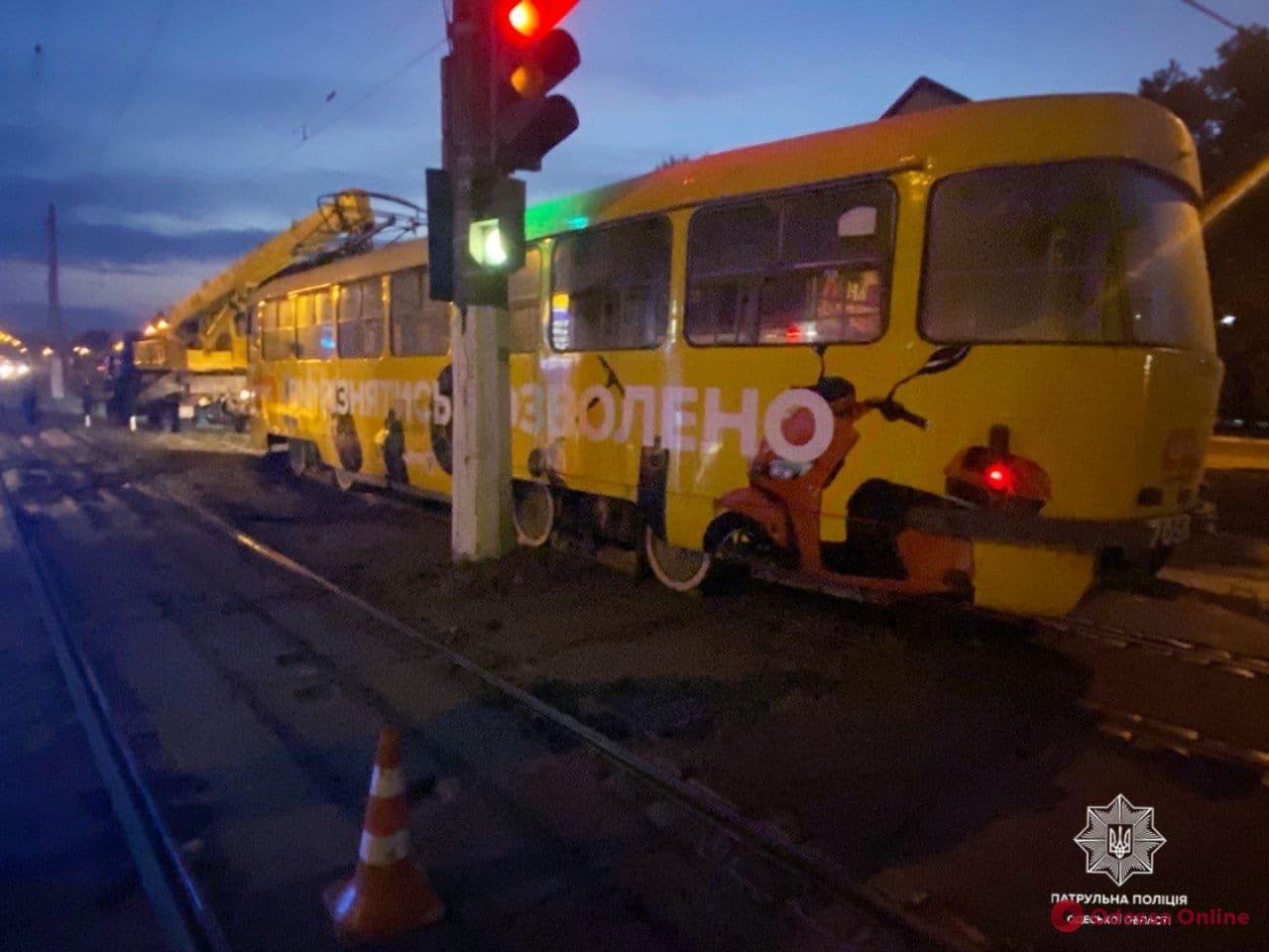 На Балковской трамвай переехал женщину