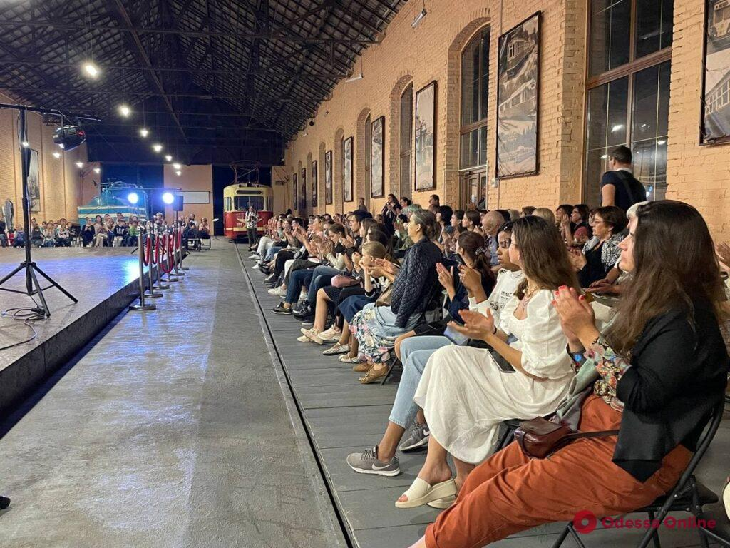 Золотые скрипки Одессы: в арт-центре ОГЭТ прошел концерт юных скрипачей-виртуозов из разных стран (фото, видео)