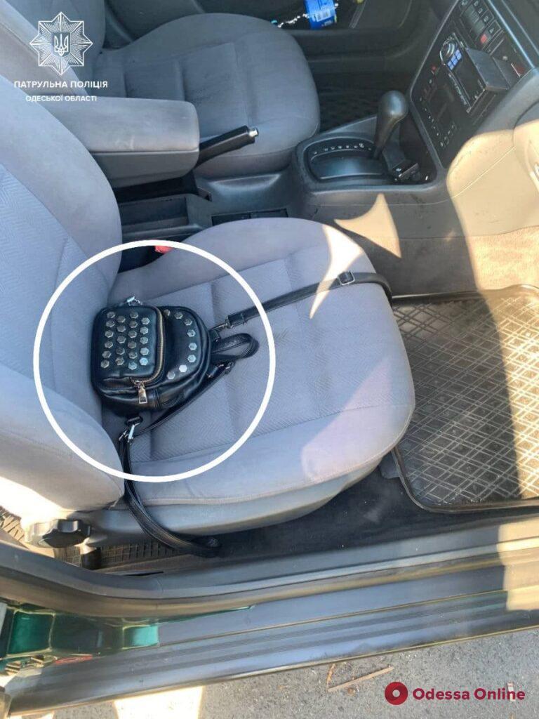 Измаильские патрульные поймали грабителя на Audi (фото)