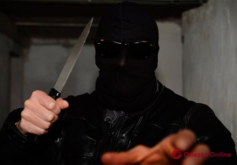 В Одесской области супруги-разбойники вломились в дом и напали на его хозяйку