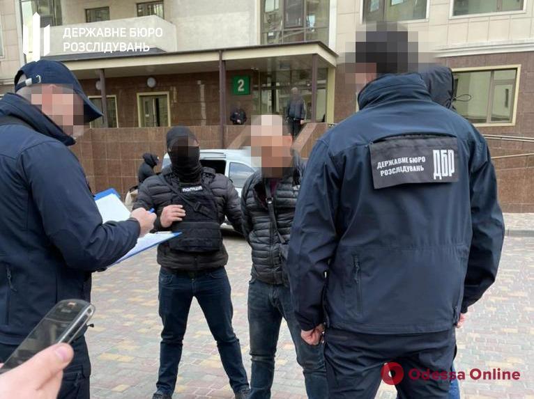 Одесский полицейский ответит в суде за «крышевание» порнобизнеса