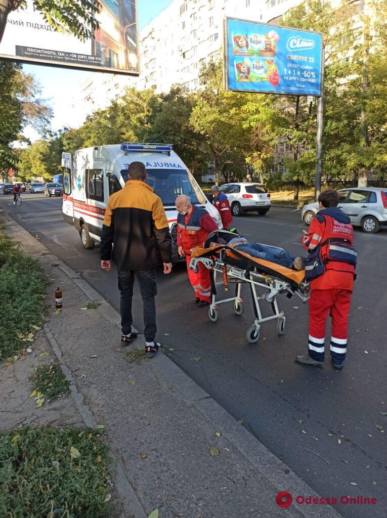 На Люстдорфской дороге пьяный мужчина упал под машину
