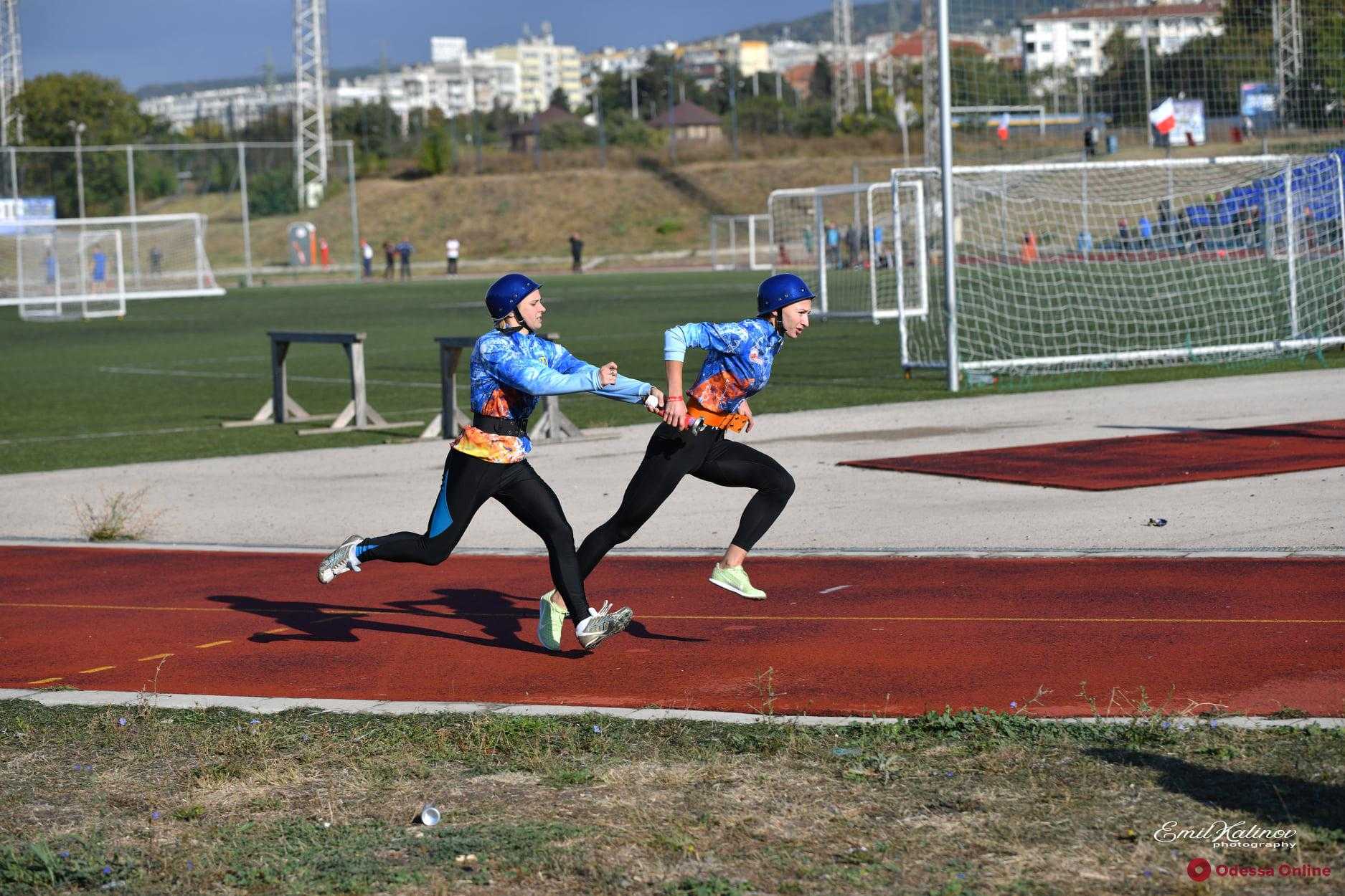 Яркие фото с соревнований спасателей: одесские девушки на первом месте