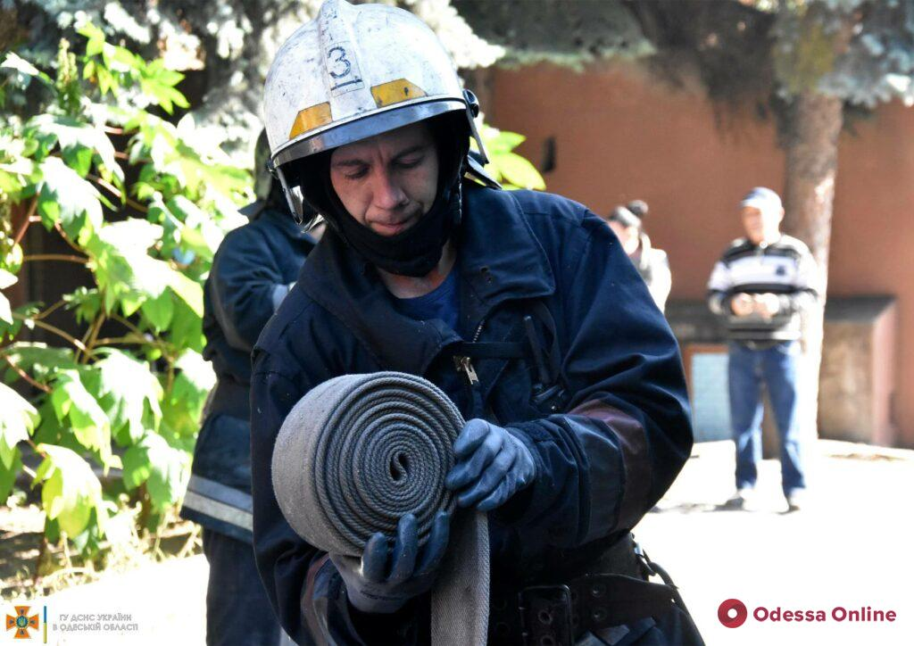 В приемной комиссии Одесского педагогического университета тушили пожар