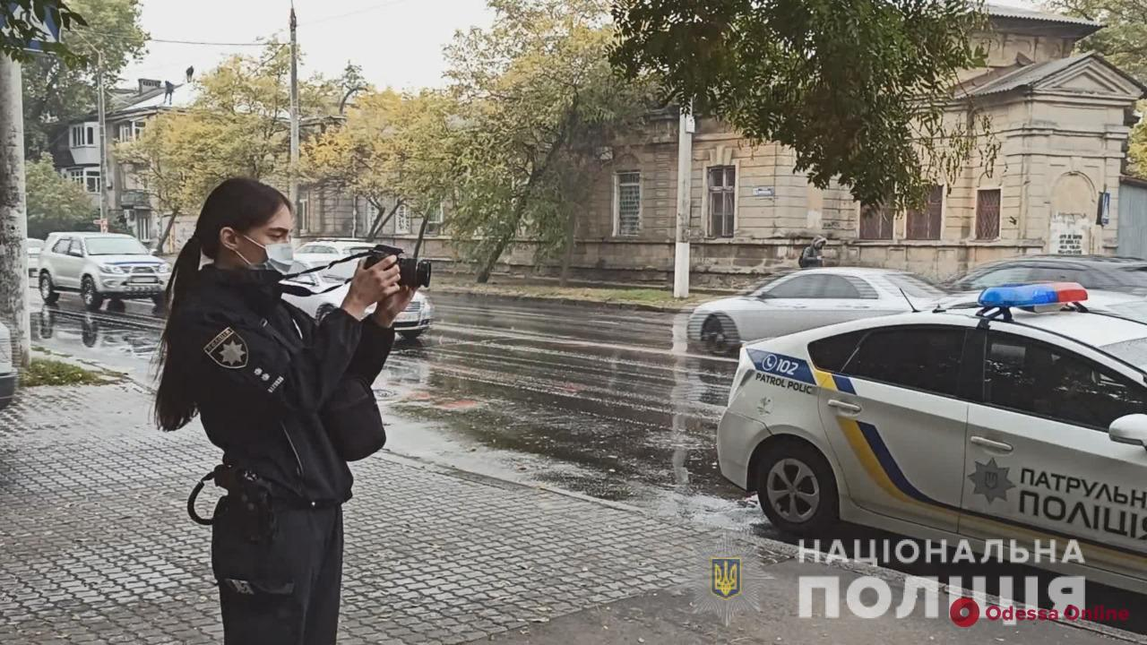 В Одессе поймали азиата, который порезал бывшую девушку и ее коллегу