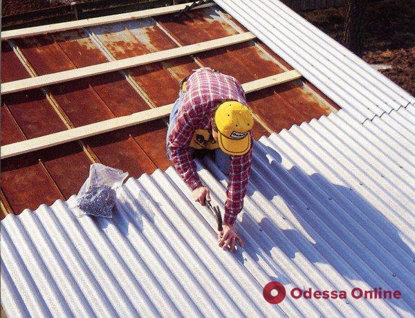 Энергоэффективная крыша: подрядчика и приемщика ремонта подозревают в хищении 200 тысяч из бюджета