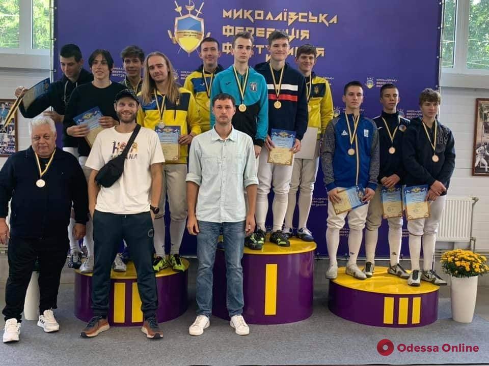 Одесские саблисты взяли медали на Юношеском Чемпионате Украины по фехтованию
